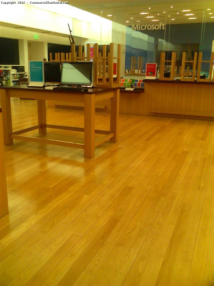 Retail Store Floor Cleaning Services Image